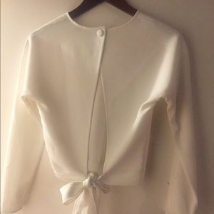 Backless blouse